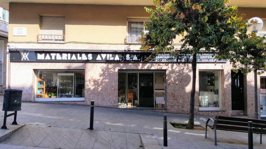 Fachada de Materiales Avila en Barcelona